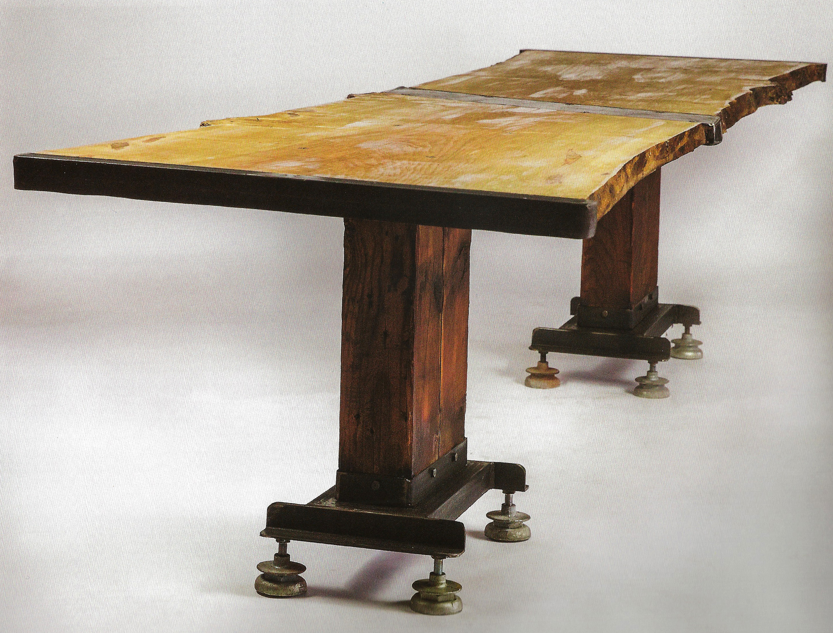 rust table 245